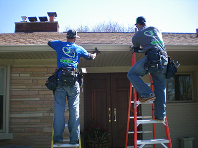 442490-393353-tb-copper-gutters-installation2