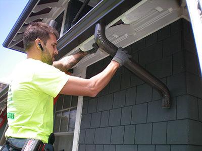 442489-393352-tb-copper-gutters-installation1